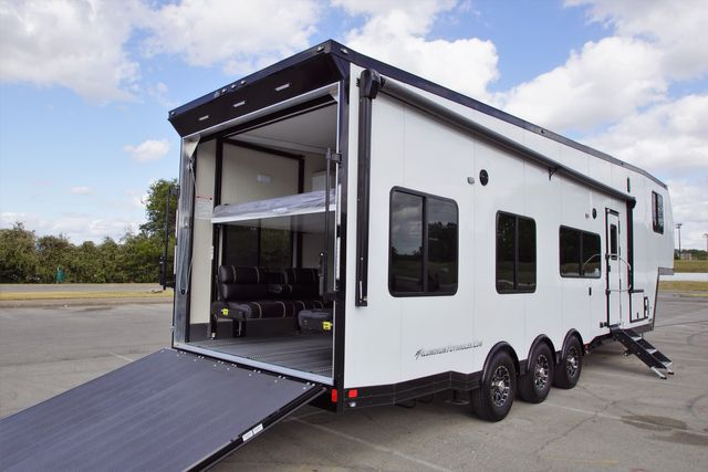 2020 Atc 8.5' X 40' Fully Loaded 5th Wheel in Fort Worth, TX 76111