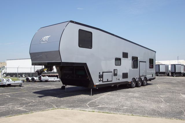 2020 Atc 40' 5th Wheel Toy Hauler