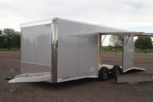 2020 Bravo 20' Silver Star w/Escape Door