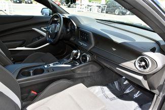 2020 Chevrolet Camaro 1LT Waterbury, Connecticut 17