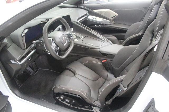 2020 Chevrolet Corvette 2LT, Z51 Performance Pkg. Lift System, Dual Roofs Magnatic Ride. Houston, Texas 33