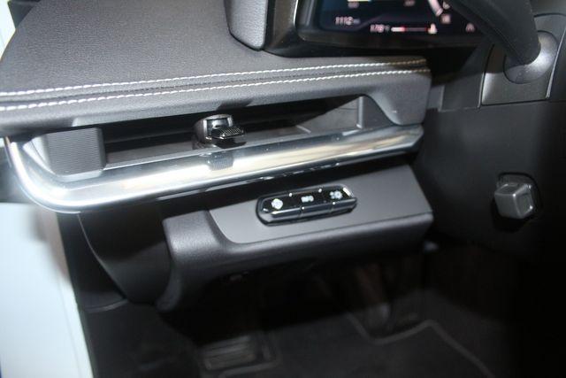 2020 Chevrolet Corvette 2LT, Z51 Performance Pkg. Lift System, Dual Roofs Magnatic Ride. Houston, Texas 41