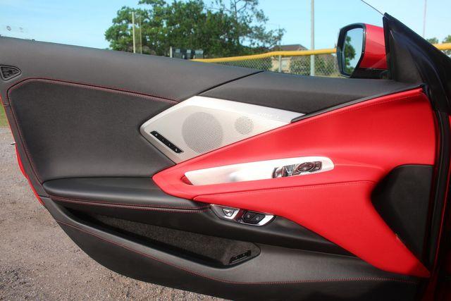 2020 Chevrolet Corvette 2LT Houston, Texas 21