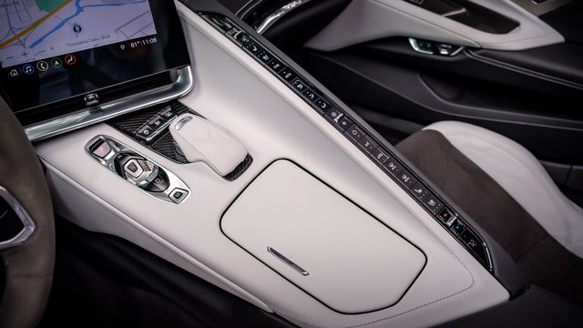 2020 Chevrolet Corvette 2LT Z51 PKG GLASS ROOF in Memphis, TN 38115