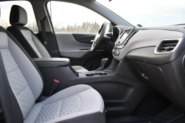 2020 Chevrolet Equinox LS Naugatuck, Connecticut 9