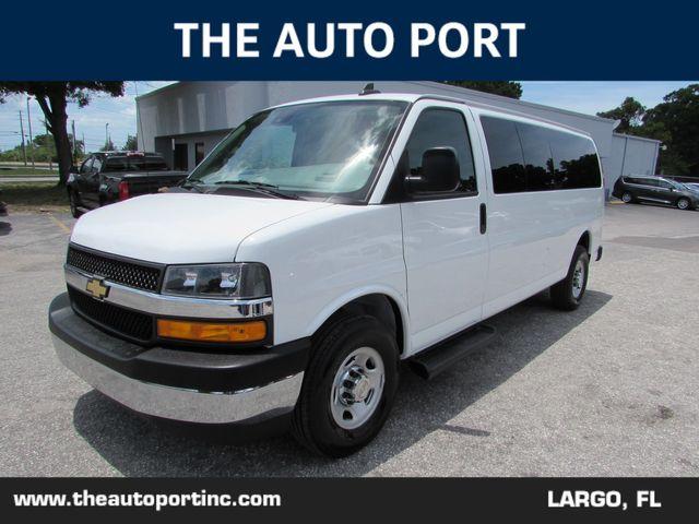 2020 Chevrolet Express Passenger LT