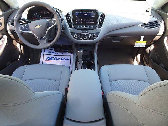 2020 Chevrolet Malibu LS Madison, NC 32