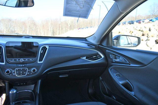 2020 Chevrolet Malibu LT Naugatuck, Connecticut 17