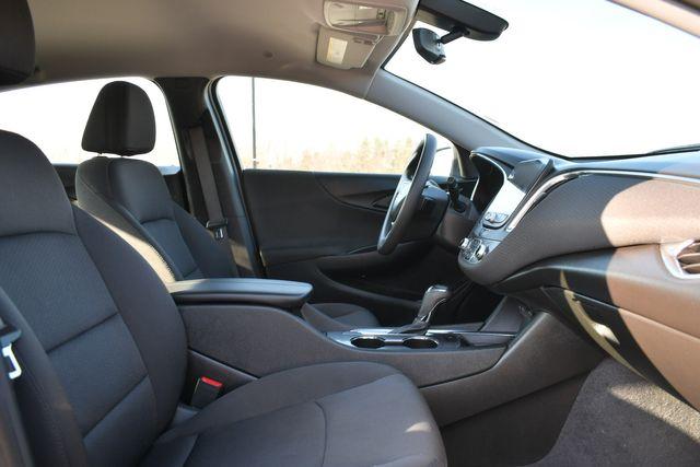 2020 Chevrolet Malibu LT Naugatuck, Connecticut 9