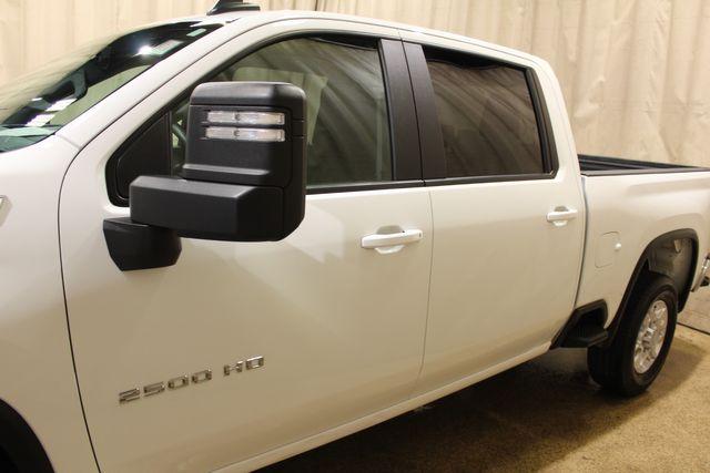 2020 Chevrolet Silverado 2500HD Diesel 4x4 LT in Roscoe, IL 61073