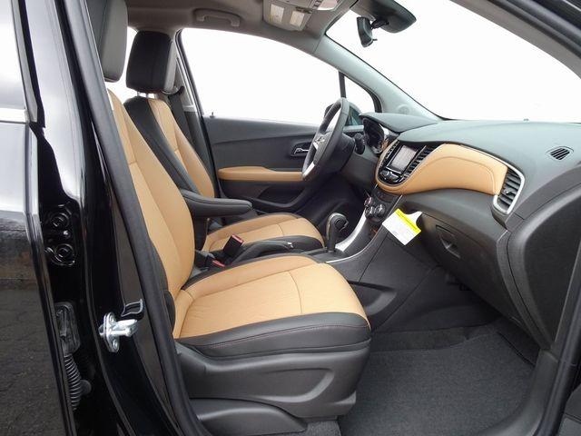 2020 Chevrolet Trax LT Madison, NC 35