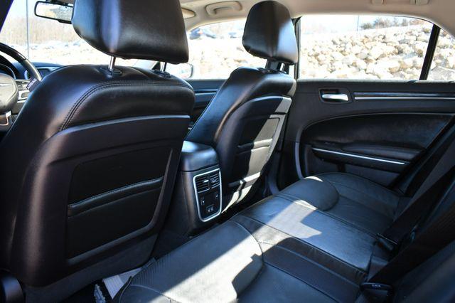 2020 Chrysler 300 Limited AWD Naugatuck, Connecticut 15
