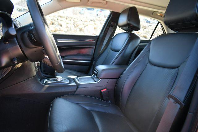 2020 Chrysler 300 Limited AWD Naugatuck, Connecticut 22