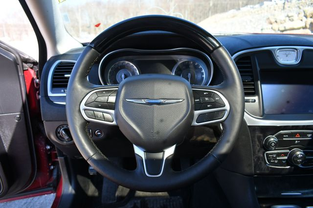 2020 Chrysler 300 Limited AWD Naugatuck, Connecticut 23