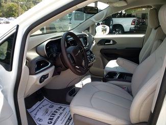 2020 Chrysler Pacifica Touring L Houston, Mississippi 6