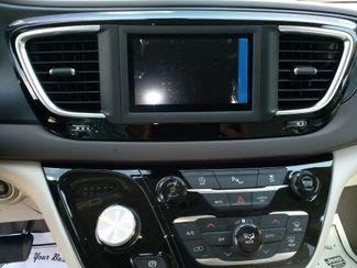2020 Chrysler Pacifica Touring L Houston, Mississippi 12