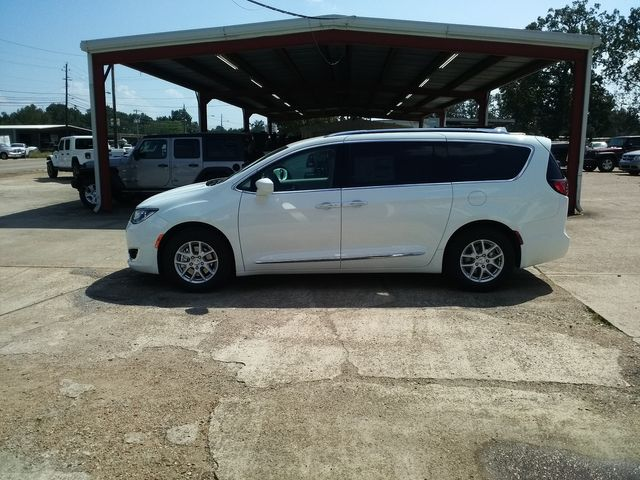 2020 Chrysler Pacifica Touring L Houston, Mississippi 3