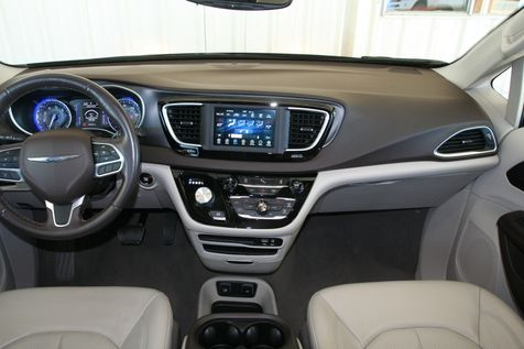 2020 Chrysler Pacifica Touring L in Vernon, Alabama