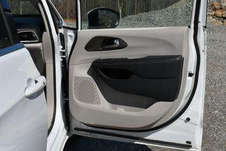 2020 Chrysler Voyager LXI Naugatuck, Connecticut 12