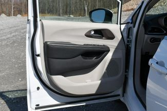 2020 Chrysler Voyager LXI Naugatuck, Connecticut 20