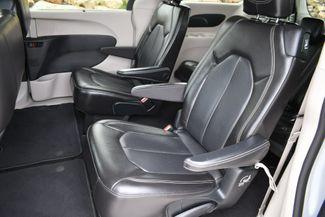 2020 Chrysler Voyager LXI Naugatuck, Connecticut 15