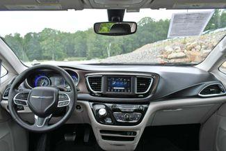 2020 Chrysler Voyager LXI Naugatuck, Connecticut 17