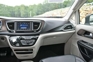 2020 Chrysler Voyager LXI Naugatuck, Connecticut 18