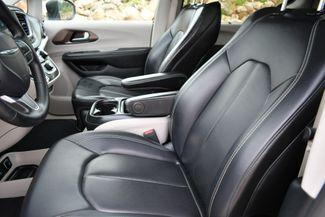 2020 Chrysler Voyager LXI Naugatuck, Connecticut 19