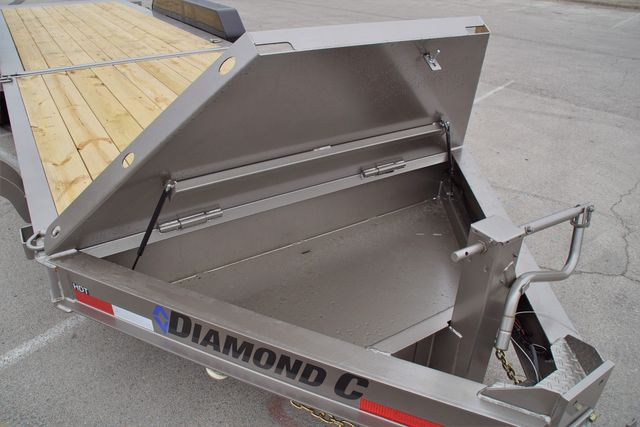 2020 Diamond C 25' Hydraulic Damping Tilt in Fort Worth, TX 76111
