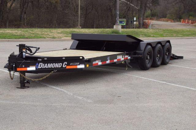 2020 Diamond C HDT 25' TRIPLE AXLE TILT