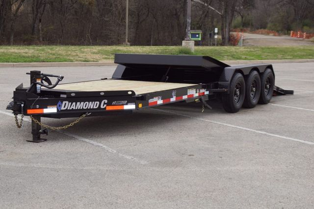 2021 Diamond C HDT 25' TRIPLE AXLE TILT