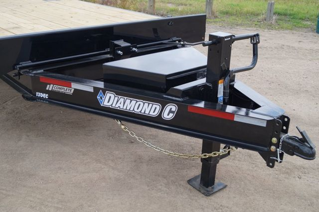 2020 Diamond C 22' DEC Deck Over Power Tilt in Keller, TX 76111