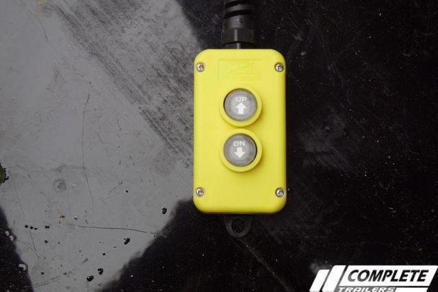 2020 Diamond C Deckover Power Tilt w/ Heavy Duty Tongue Box in Fort Worth, TX 76111