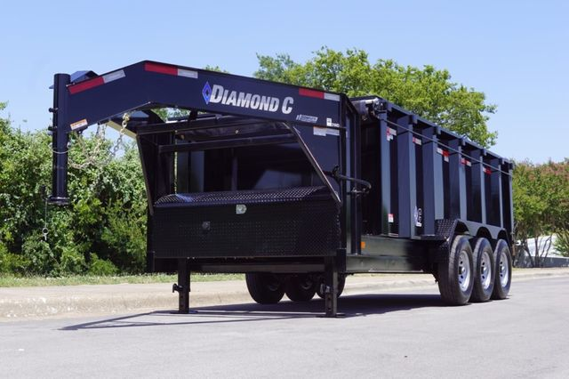 2020 Diamond C 16' Triple Axle Gooseneck Dump