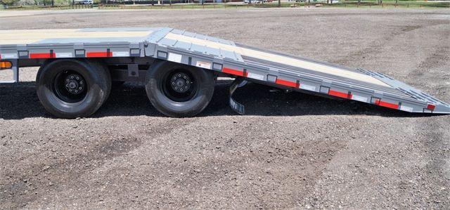 2020 Diamond C 40' FMAX212 W/ Dove Tail in Fort Worth, TX 76111