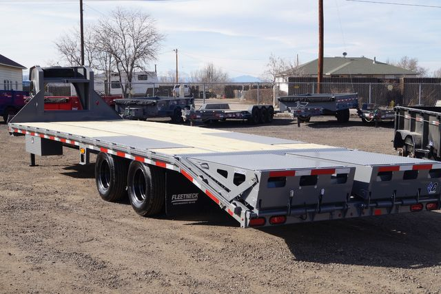 "2020 Diamond C FMAX212 102"" X 32' - $14,995 in Fort Worth, TX 76111"