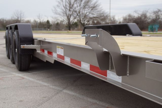 2020 Diamond C Hydraulic Dampening Tilt 25' TRIPLE AXLE in Keller, TX 76111