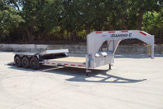 2021 Diamond C HDT 25' TRIPLE AXLE TILT GOOSENECK in Keller, TX 76111