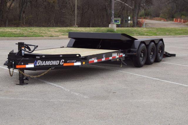 "2021 Diamond C 82"" X 25' TRIPLE AXLE HD TILTING TRAILER"