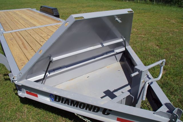 2020 Diamond C Hydraulic Damping Tilt in Keller, TX 76111