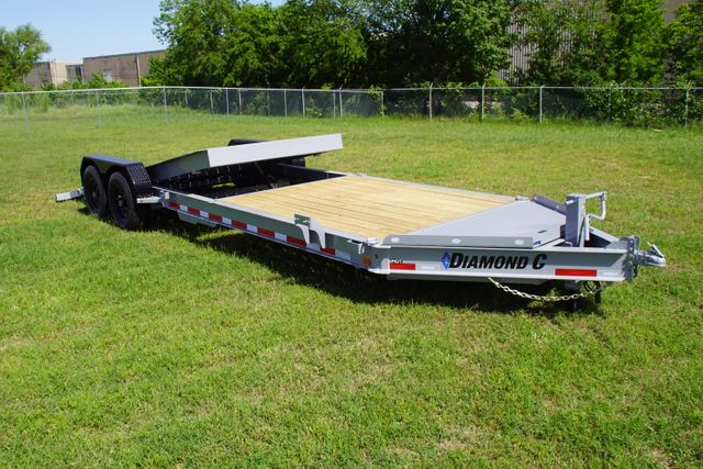 2020 Diamond C Hydraulic Damping Tilt in Fort Worth, TX 76111