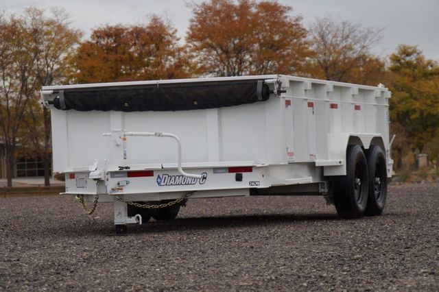 "2020 Diamond C Low Pro Dump 14X82 32"" Side"