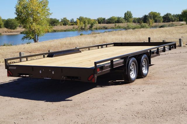 2020 Diamond C 20' MDT Mid-Deck Utility Trailer