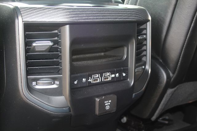 2020 Dodge RAM 1500 Limited/ Custom Houston, Texas 36