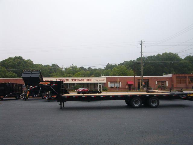 2020 Down To Earth 30 Ft 10 Ton Gooseneck Deckover in Madison, Georgia 30650
