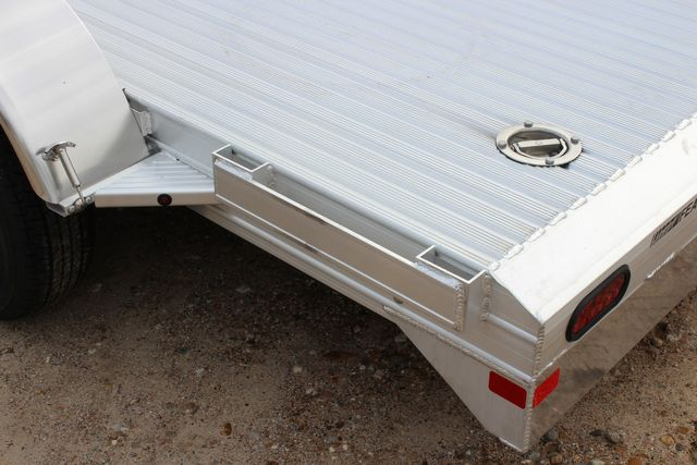 2020 Featherlite 3110 - 14' Flat Bed - 14' OPEN CAR TRAILER BUMPER PULL CONROE, TX 9