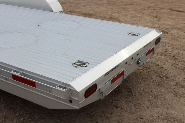 2020 Featherlite 3110 - 24' Flat Bed 24' RAISED DECK Car Trailer RUB RAILS CONROE, TX 15