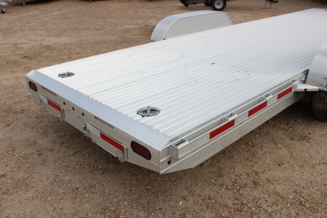 2020 Featherlite 3110 - 24' Flat Bed 24' RAISED DECK Car Trailer RUB RAILS CONROE, TX 17