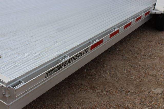 2020 Featherlite 3110 - 24' Flat Bed 24' RAISED DECK Car Trailer RUB RAILS CONROE, TX 8