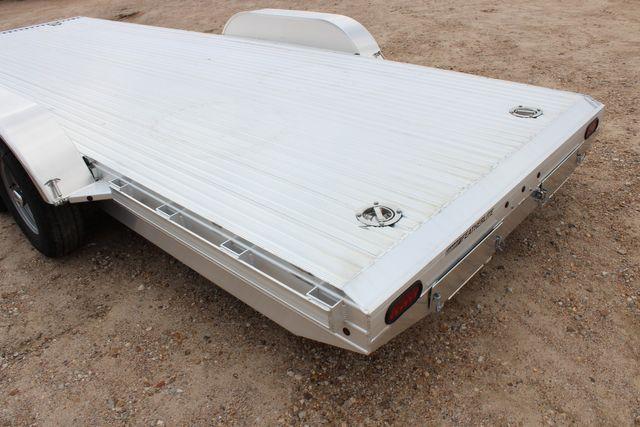 2020 Featherlite 3110 20' FLATBED OPEN CAR TRAILER RAISED DECK RUB RAILS CONROE, TX 11